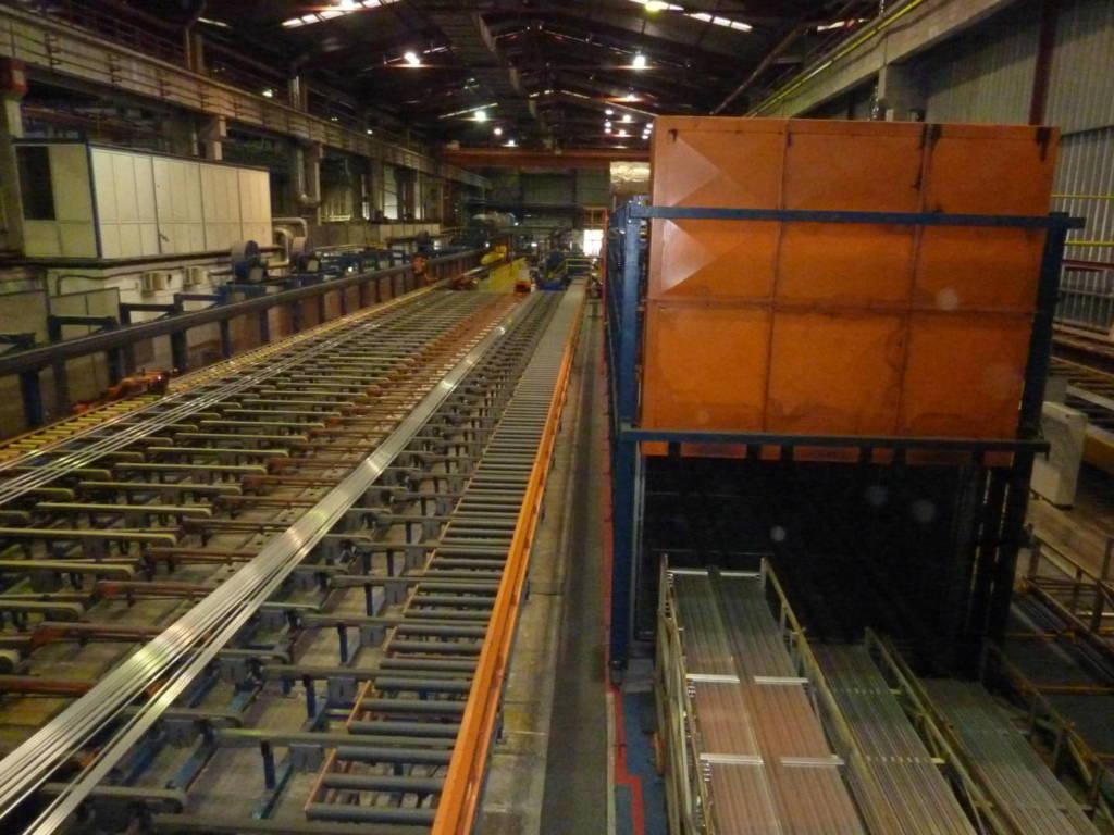 Монтаж на демонтирана линия за екструзия за алуминиеви профили