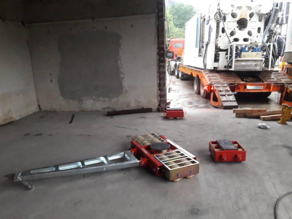 Монтаж на шприц с тежкотоварни колички